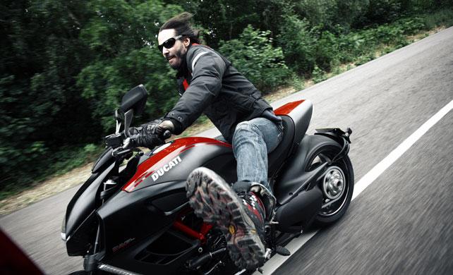 keanu reeves biker