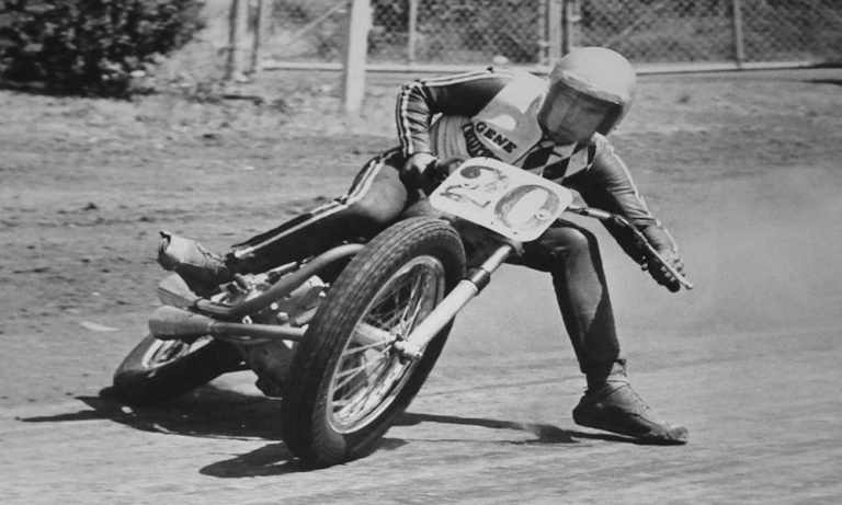 célèbre flat track pilote