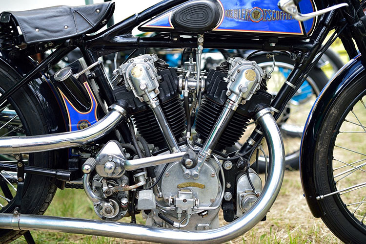 V-twin french bike