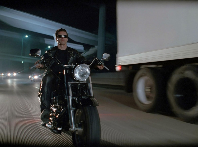 Terminator 2 harley-Davidson moto