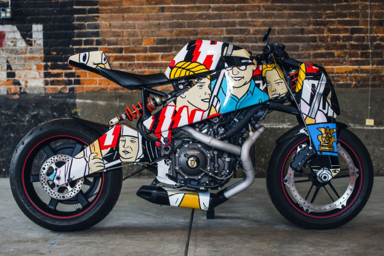 moto  street art