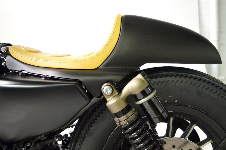 coque cafe racer sportster
