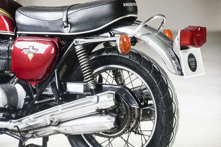 Honda CB750 Mike Hailwood exhaust