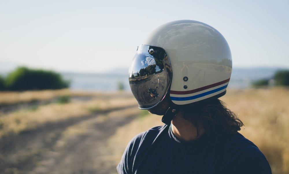 Tout Savoir Sur Les Casques Moto Belles Machines