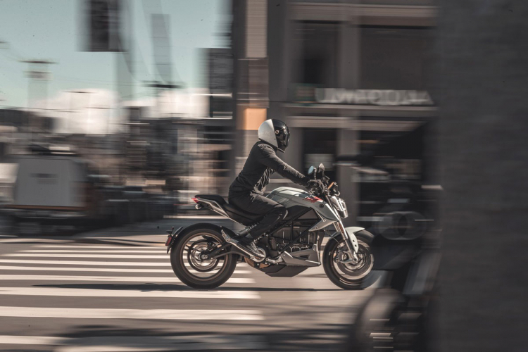 zero motorcycles sr/f : the most powerfull electric bike