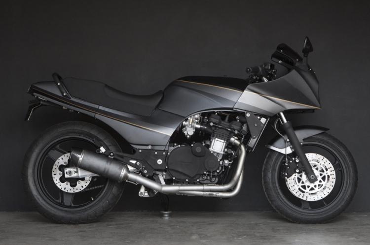 Kawasaki GPZ 900R wrenchmonkee
