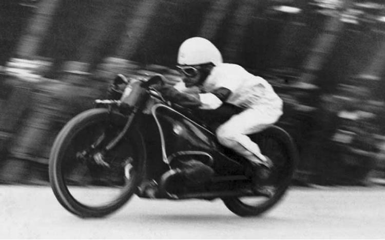 ernst henne 1931 record de vitesse bmw