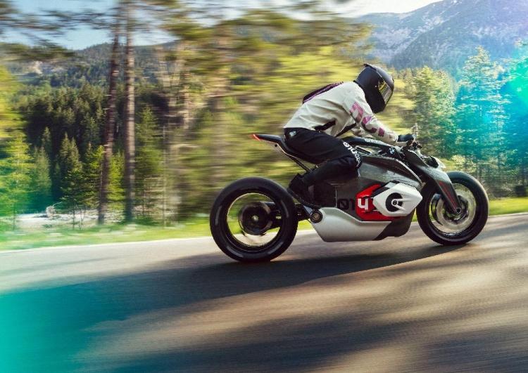 Moto BMW électrique