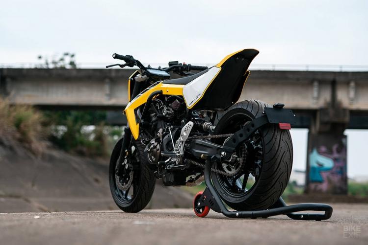 Yamaha roadster