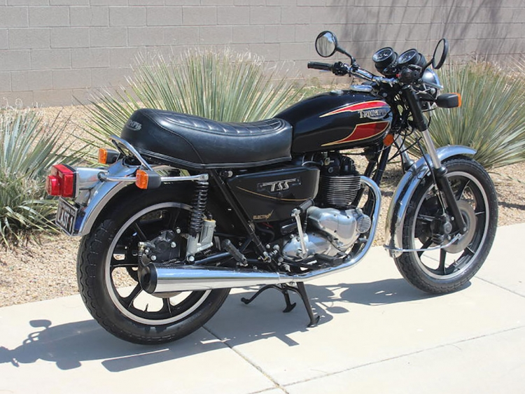 Triumph Bonneville moto anglaise classique