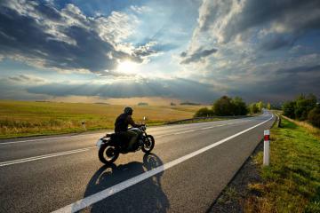 4 équipements moto mi-saison