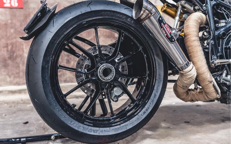 Ducati Streetfighter 1098S café racer