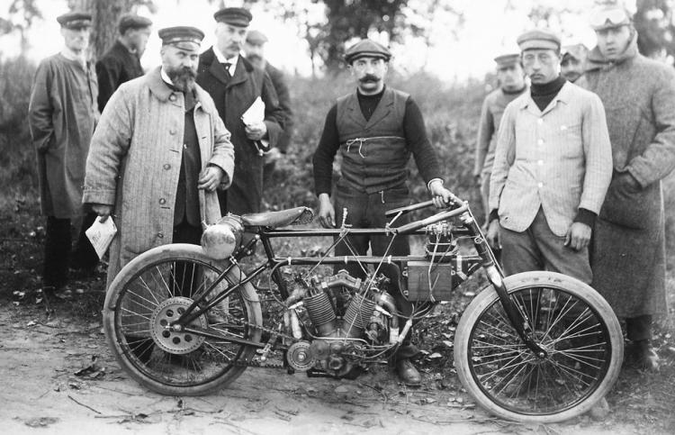 V-4 Clément France 1902