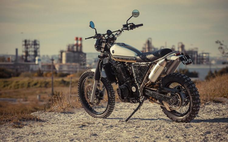 Suzuki DR800 S scrambler