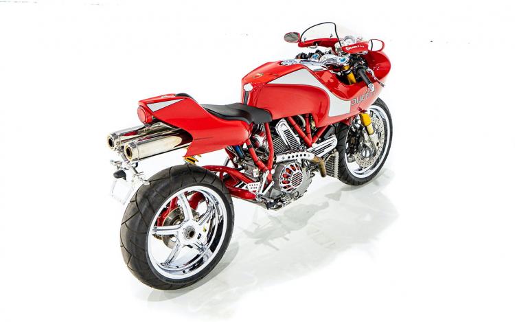 Ducati neo vintage