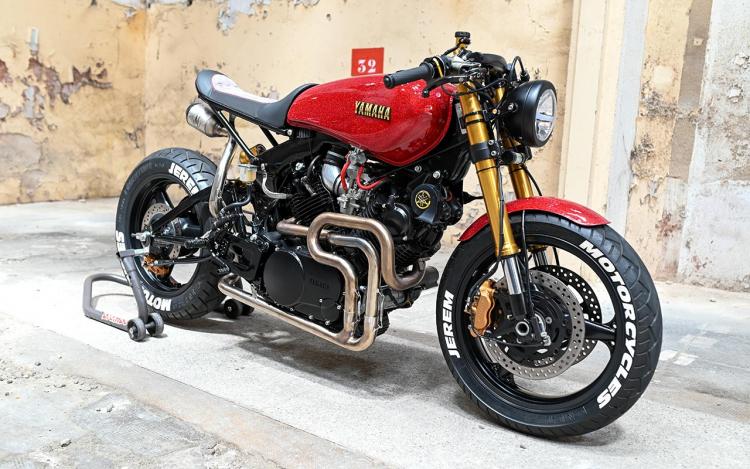 Yamha TR1 1982 Café Racer
