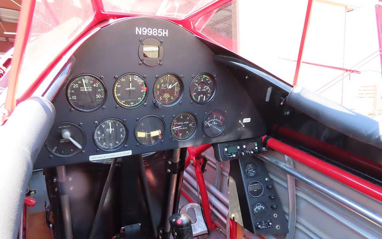 cockpit Boeing Stearman 75